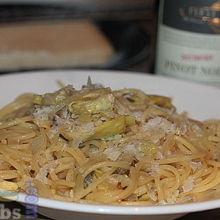 Spaghetti with lardo and artichokes