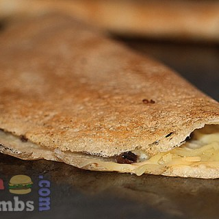 cheese and onion dosa