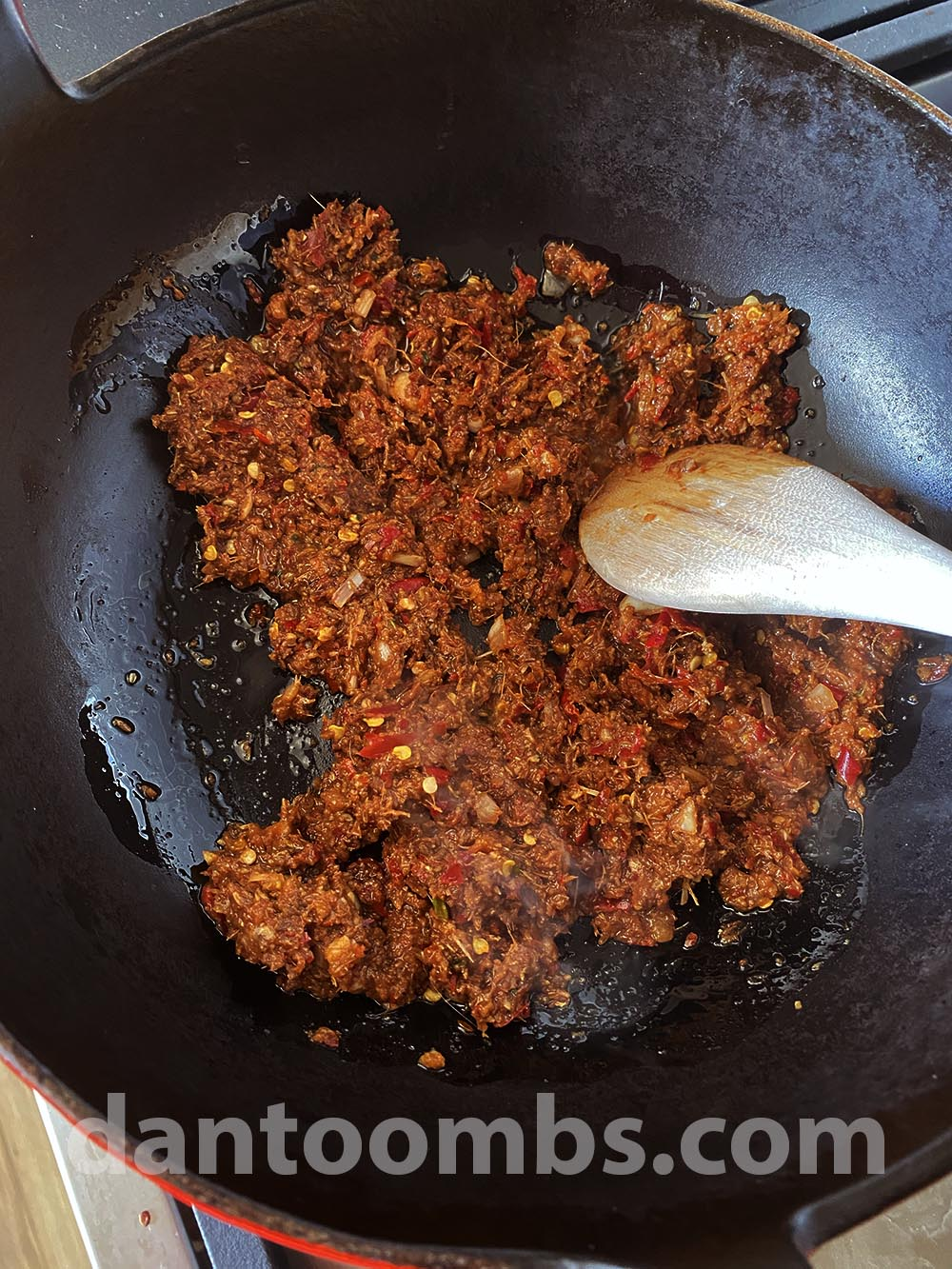 Frying the curry paste